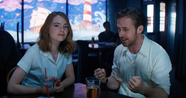 la-la-land-emma-stone-and-ryan-gosling-december-2016-movie